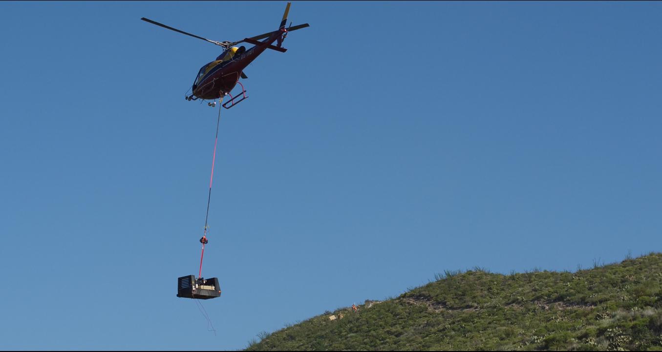 carga-con-helicóptero-1